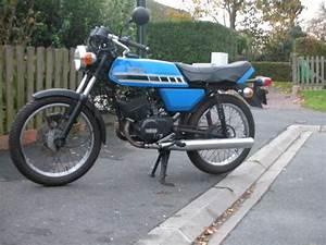 Yamaha 125 Rdx : motos ann es 80 eighties le forum de la communaut fan des ann es 80 ~ Medecine-chirurgie-esthetiques.com Avis de Voitures