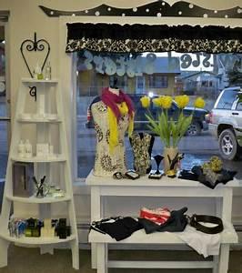 Floral display Retail Details blog