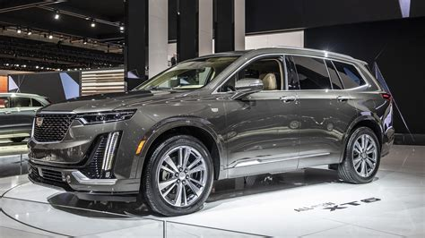 what will cadillac make in 2020 2020 cadillac xt6 crossover is priced from 53 690 autoblog