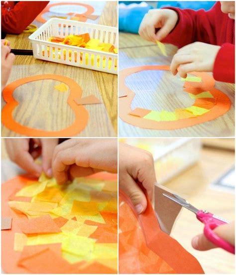 Herbstdeko Fenster Vorlagen by K 252 Rbis Fensterbilder Aus Seidenpapier Und Klebefolie