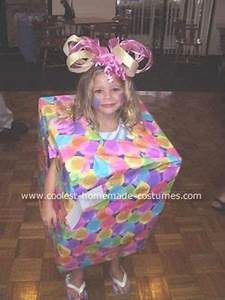 Creative & Home made Christmas Present Costume Ideas For
