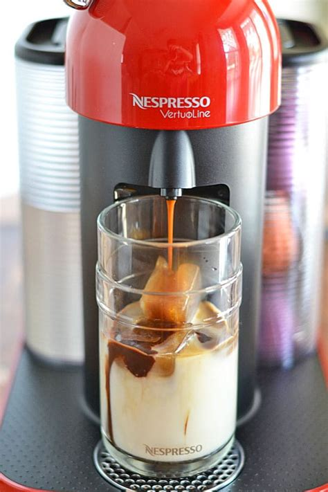 Whether you have an espresso maker or a nespresso machine, you can whip up an americano in how do you make an iced americano? Coconut Mocha Iced Coffee | Kitchen Meets Girl