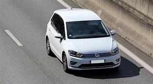 Essai Golf Sportsvan Tsi 125 : indice de prix l 39 assurance volkswagen golf sportsvan 2014 quel sont les tarifs en assurance ~ Medecine-chirurgie-esthetiques.com Avis de Voitures