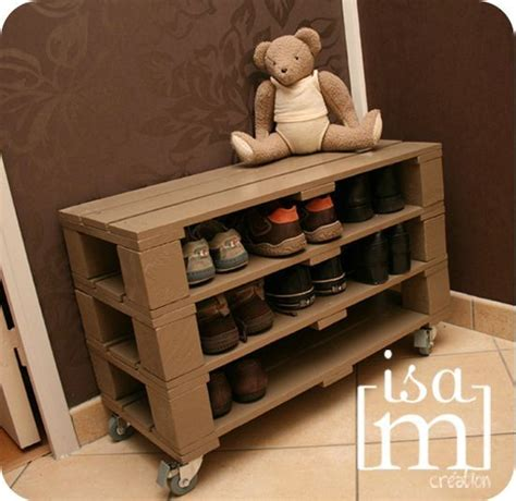 armoire a chaussures but armoire 224 chaussures en palettes recycl 233 es diy and crafts