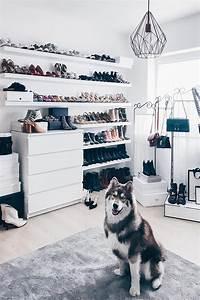 Schuhe Aufbewahren Ideen : meine schuhwand im ankleideraum living lifestyle closets pinterest ankleidezimmer ~ Markanthonyermac.com Haus und Dekorationen