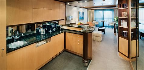 21 Model The World Cruise Ship Apartments For Sale | Fitbudha.com