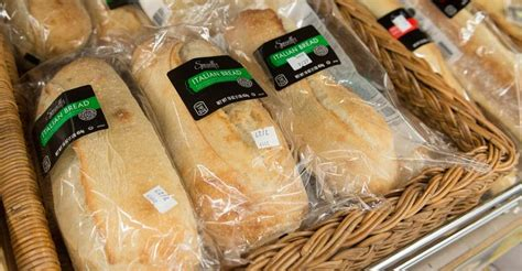 aldi expands  store bakery test  illinois store