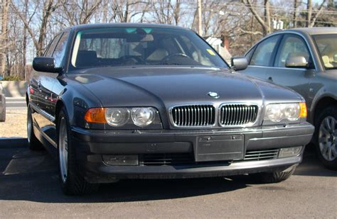 File2000 Bmw 740i Wikimedia Commons