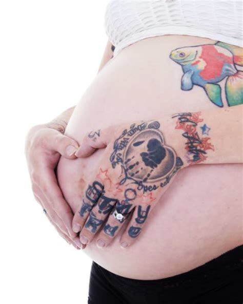 pregnancy    stomach tattoos