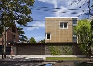 Garage Martinez : grande maison en briques sur trois tages avec sa piscine lumineuse en argentine construire ~ Gottalentnigeria.com Avis de Voitures