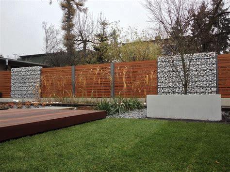 ogrodzenie aluminiowe drewnopodobne