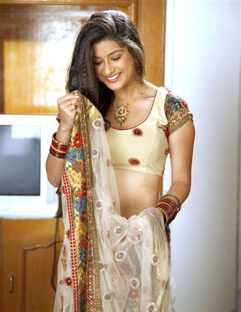 Madhurima Actress Showing Her Breast Show Where