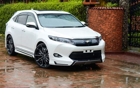 toyota harrier 2016 toyota harrier hybrid price specs changes redesign