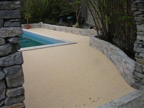 revetement de sol exterieur resine gravillonnee revetement sol exterieur resine leroy merlin hotelfrance24