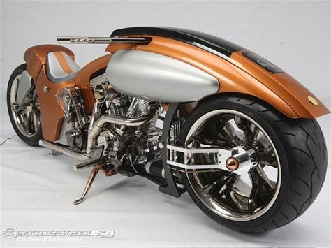 Quantum Leap Scoffs At Conventional Custom Motorcycle