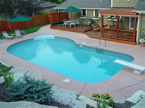 Small Yard Inground Swimming Pools