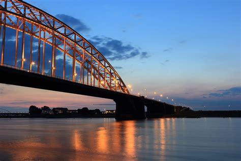 provincies inventariseren bruggen die mogelijk beschilderd