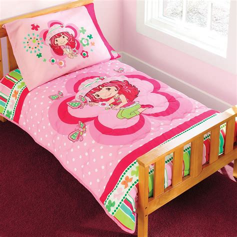 strawberry shortcake 4 piece toddler bedding set