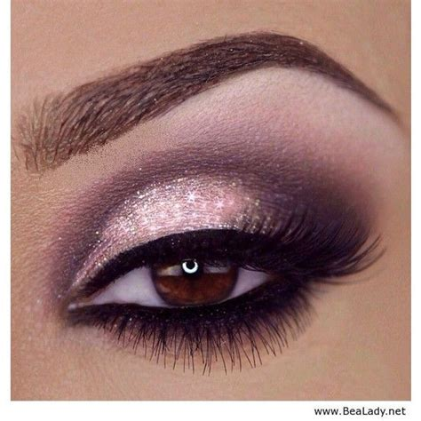 hot pink eye makeup    pretty designs