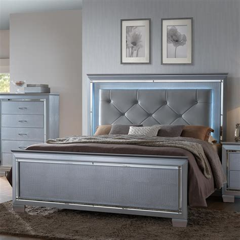 Crown Mark Lillian King Headboard And Footboard Bed With