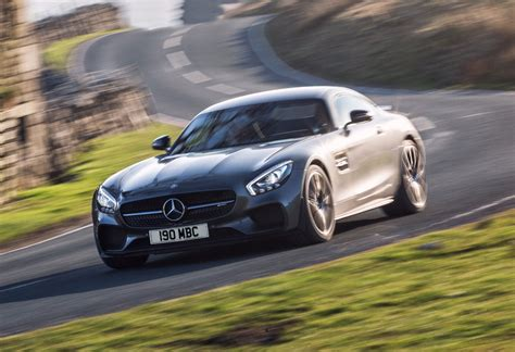 News Mercedes Amg Gt 4 To Rain On Panameras Parade In 2019