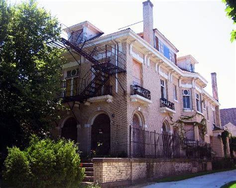 mansion residence  leopold  loeb victim bobby franks