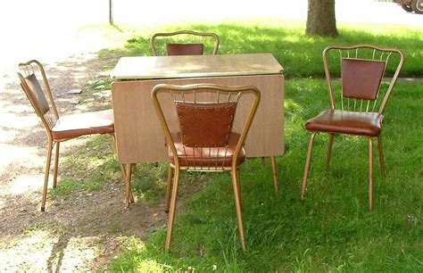 1950s Walter of Wabash Kitchen Set Formica Drop Leaf Table
