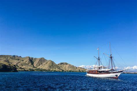 sailing komodo  cruise   incredible komodo