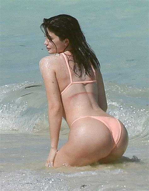Kylie Jenner Butt 15 Photos Thefappening
