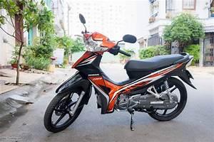 Tr U00ean Tay  Honda Blade 110