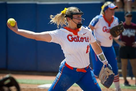ncaa softball womens college world series bracket