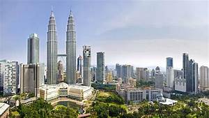 The Petronas Twin Towers Photograph by Ng Hock How