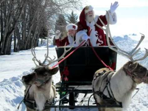 santa reindeer sleigh rides youtube