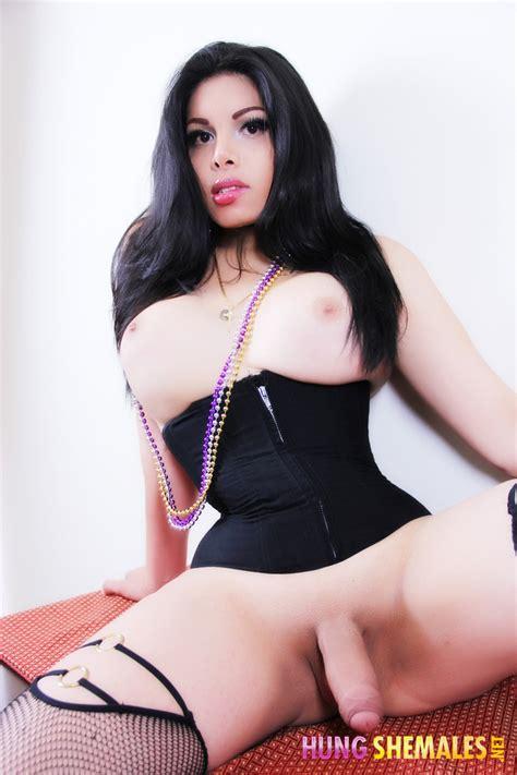Hung Big Dick Black Shemales - Black Lesbiens Fucking