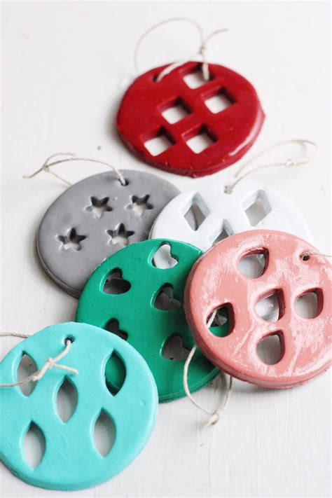 whimsical diy clay ornaments allfreeholidaycraftscom