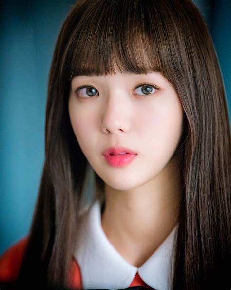 Drama special if we were a season (kbs2, 2017); Chae Soo-Bin looks like a doll, not a robot!   Korean actresses, Pretty face, Celebrities