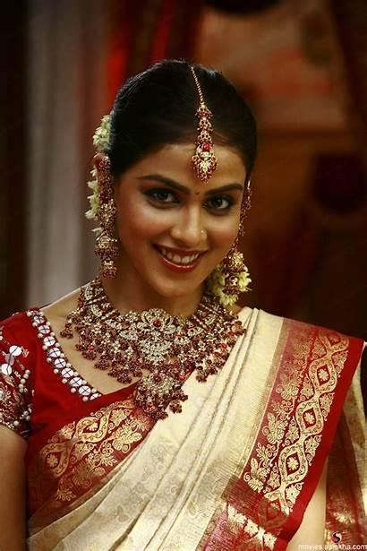 Genelia Traditional Saree Souza Makeup Riteish Bridal