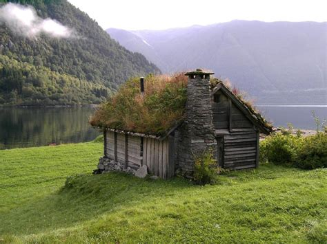 Haus Mit Grasdach by Mail2day Go Green Traditional Grass Roofs Of 21
