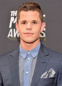 Max Carver Photos Photos - Arrivals at the MTV Movie ...