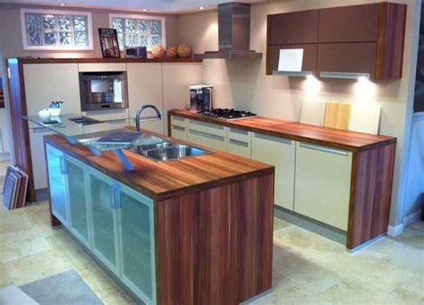 ex display kitchen island ex display nolte sand beige and sepia brown kitchen 7096