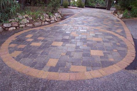 cool driveway ideas 15 paving stone driveway design ideas digsdigs