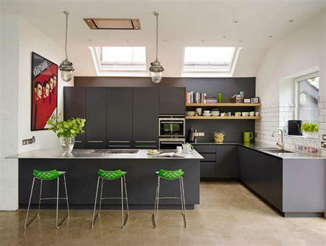 ilot central cuisine cuisine avec table integrée deco maison moderne