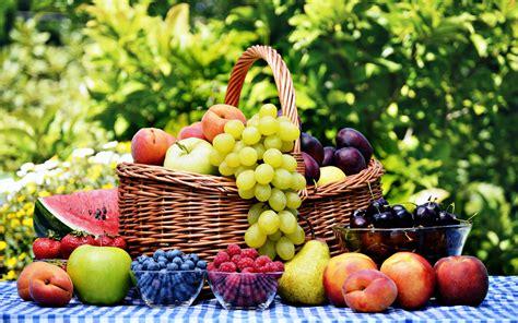 cuisine nature fruits basket grape strawberry apple watermelon blueberry cherry nature food delicious
