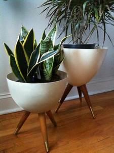 Cache Pot Sur Pied : un pot sur pieds lejardindeclaire ~ Premium-room.com Idées de Décoration
