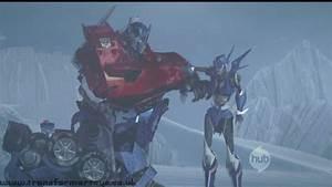 Optimus helping Arcee back to her feet | Transformers ...