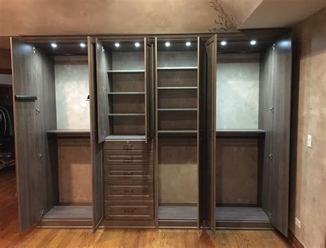 Custom Closet With Inside Lighting In Wood Dale, Il