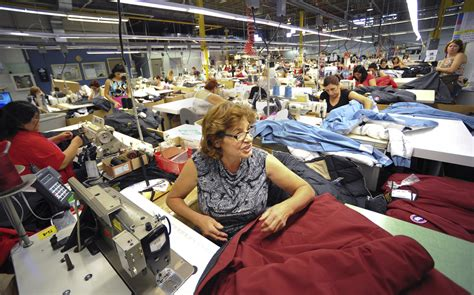 canada  national garment industry faces huge
