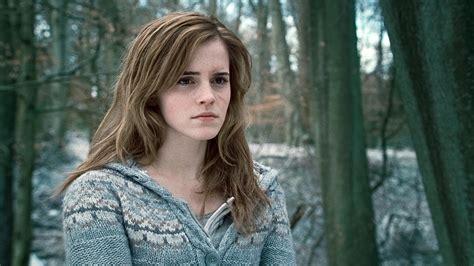 Disney Casts Emma Watson Belle Live Action Beauty