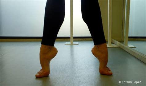 conseil pratique comment am 233 liorer cou de pied danses avec la plume l actualit 233 de la