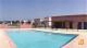 Piscine Aix Les Milles : appartement aix les milles louer pour 4 personnes ~ Melissatoandfro.com Idées de Décoration